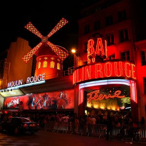 Moulin Rouge Paris - Erasmus of Paris