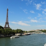 Tour Eiffel - Quai de Seine - Erasmus of Paris